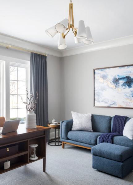 Relaxed Modern Living Room