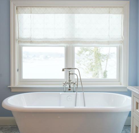 bathroom-bathtub-katharine-jessica-interior-design