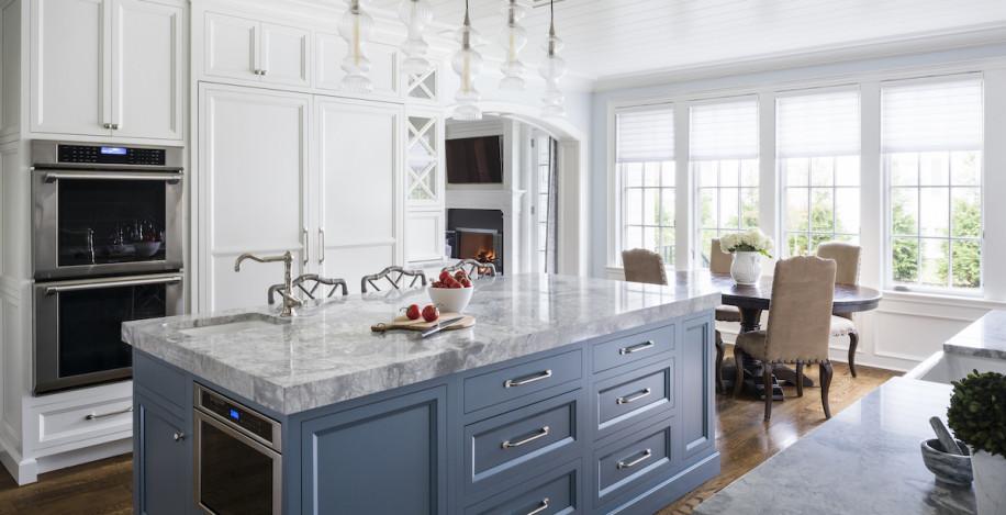 blue-painted-kitchen-island-manhasset-ny