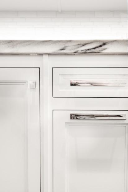 drawer-cabinet-details-new-york-city-kitchen