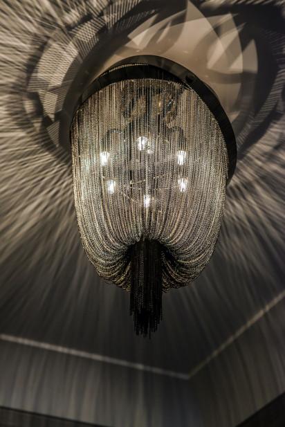 formal-chandelier-katharine-jessica-interior-design