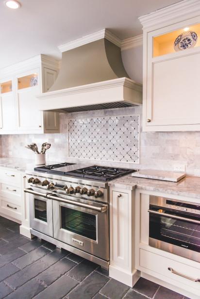 huntington-bay-ny-kitchen-design-gas-range