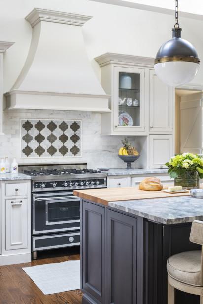 kitchen-interior-design-tile-backsplash-marble-island