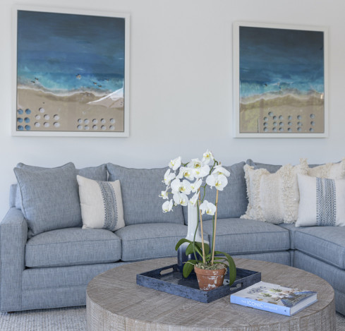 living-room-design-round-coffee-table-blue-couch