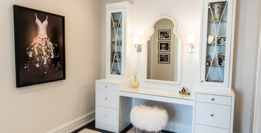 makeup-vanity-interior-design-sands-point-ny