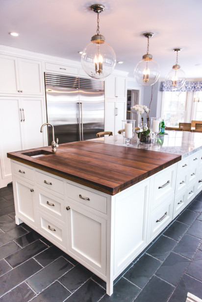 wooden-and-marble-kitchen-island-cutting-board