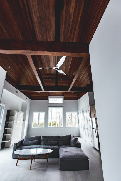 wooden-ceiling-living-room-interior-design-sands-point-ny