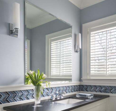 bathroom-blue-chevron-tile-backsplash-design