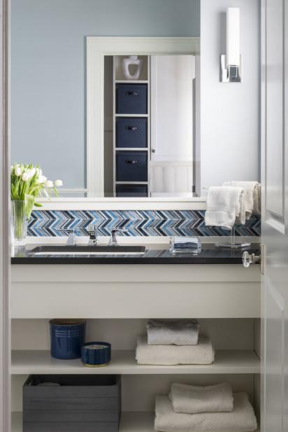 bathroom-interior-design-chevron-tile-backsplash