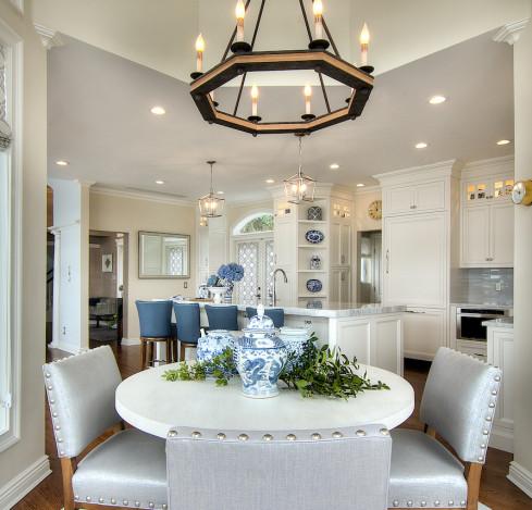 breakfast-round-dining-table-kitchen-interior-design