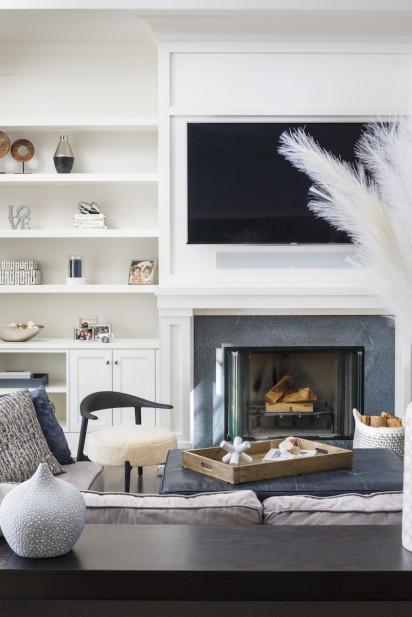 built-in-shelves-living-room-design-sands-point-ny