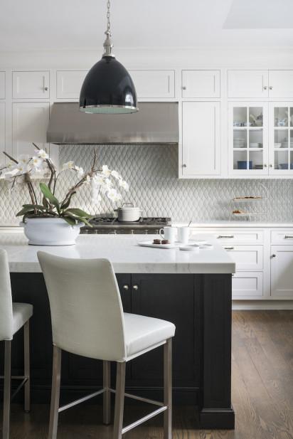katharine-jessica-interior-design-barstool-marble-kitchen-island