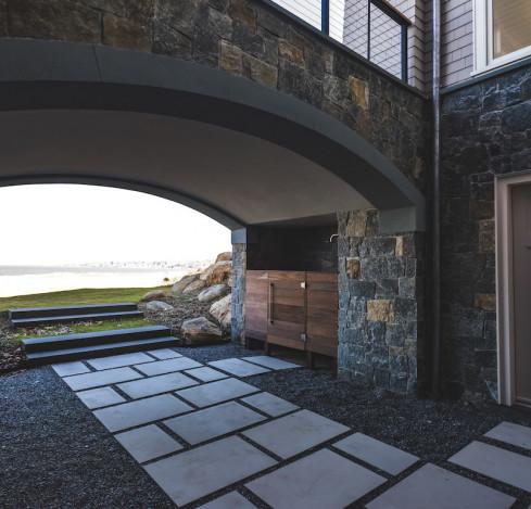 outdoor-stone-walkway-sauna
