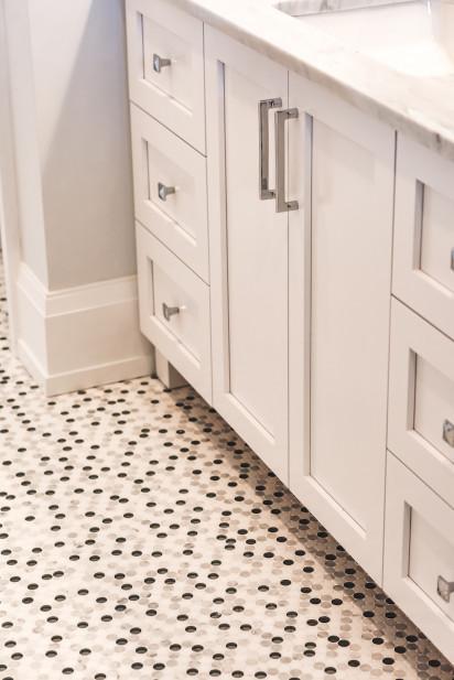 polka-dot-tile-bathroom-floor-interior-design