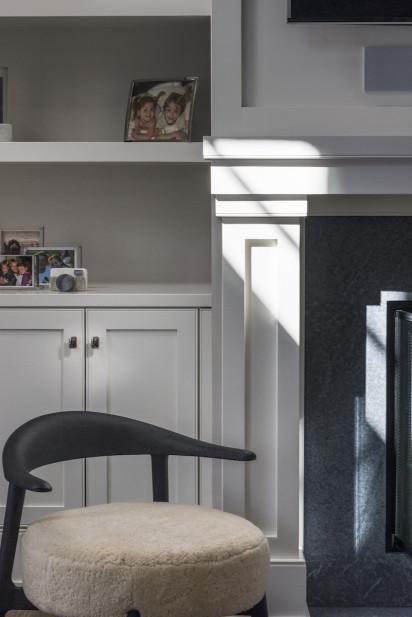 soft-chair-cushion-interior-design-built-in-shelves