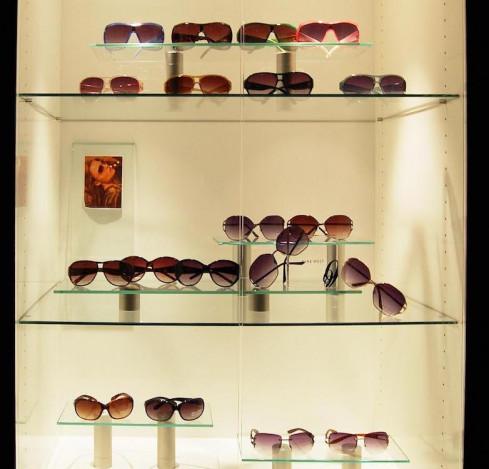 sunglass-display-case-new-york-city